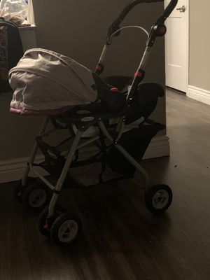babygirl stroller and carseat for Sale in Plano, TX