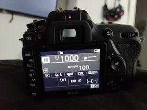 Nikon D7500 under 2.3k Shutter Mint Condition for Sale in Dania Beach, FL