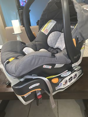 CHICCO Infant Car Seat for Sale in Houston, TX