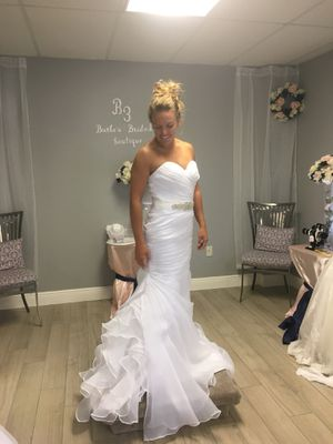 Wedding dress for Sale in Hillsboro Beach, FL