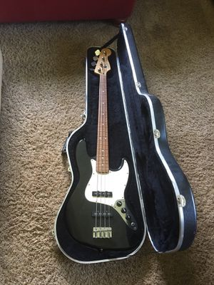 Fender Jazz Bass + Case + Amp for Sale in Tuscaloosa, AL