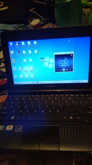 Toshiba laptop for Sale in Mojave, CA