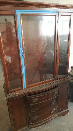 Antique china cabinet for Sale in Detroit, MI