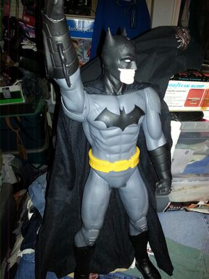 """Batman giant 31""""action figure collectable only 30firm for Sale in Glen Burnie, MD"""