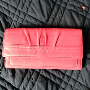 Coach Leather Pink Wallet for Sale in Shrewsbury, MA