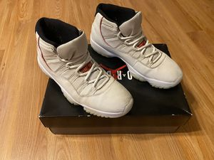 Jordan 11 Retro Platinum Tint for Sale in Queens, NY