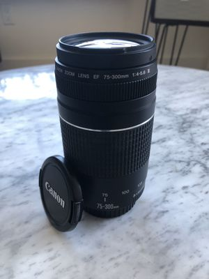 Canon EF 75-300mm f/4-5.6 III Telephoto Zoom Lens for Sale in Brooklyn, NY