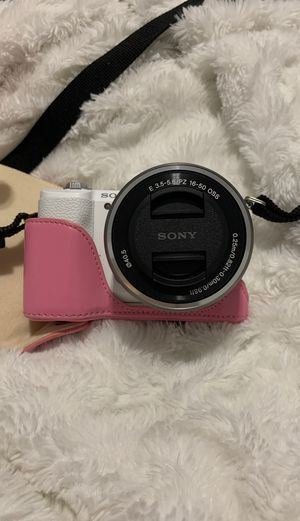 Sony Alpha a5100 for Sale in New York, NY