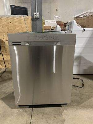 Whirlpool install dishwasher for Sale in San Antonio, TX