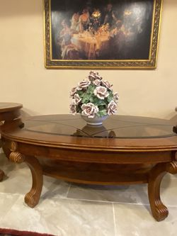 Very Gorgeous Coffee Table Sets for Sale in Sterling Heights,  MI