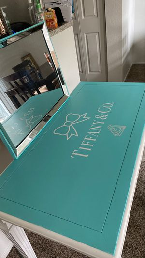 Beautiful desk or vanity desk Comes with Mira for Sale in Henderson, NV