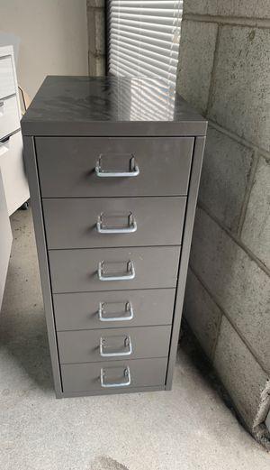 Gray filing cabinet for Sale in Los Angeles, CA
