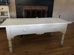 Farmhouse coffee table for Sale in Redlands, CA