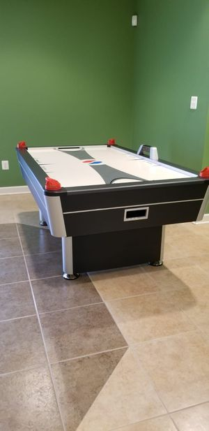Air hockey table for Sale in Burke, VA