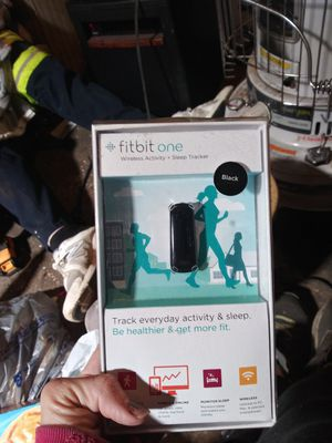 Fitbit one for Sale in Plainfield, IN