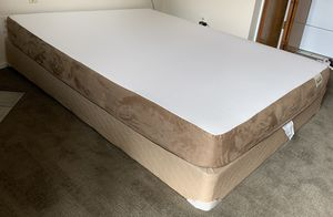 Very Nice Like New Queen Size Memory Foam Mattress w/ Boxspring for Sale in Westminster, CO
