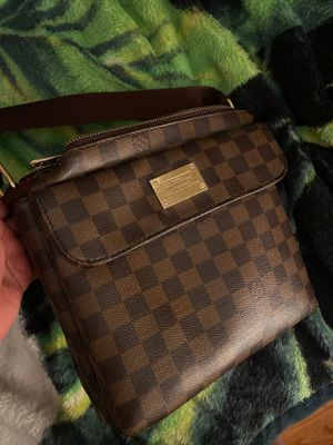 Louis bag for Sale in Oxon Hill, MD