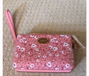 Mk Wristlet for Sale in Richmond, CA