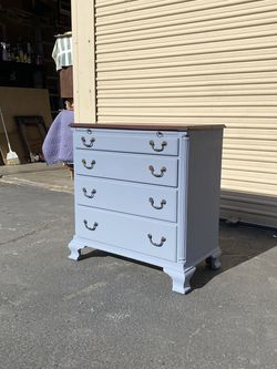 Shabby Chicano Style Dresser for Sale in Chula Vista,  CA
