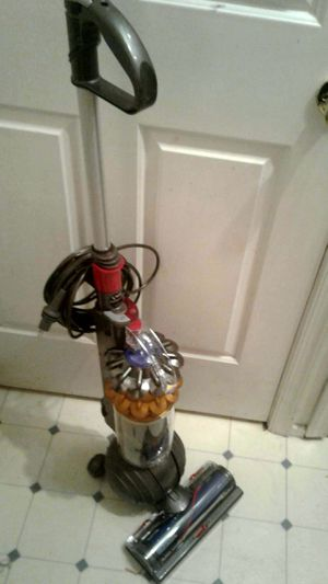 Dyson Multi-surface Vaccum for Sale in Newtown, PA