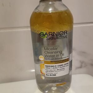 Garnier Micellar Cleansing Water In Oil New for Sale in Brooklyn, NY