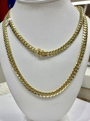 """10 karat gold Cuban Miami link chain made in Italy 26"""" ( item#M182) for Sale in Houston, TX"""