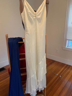 Beautiful wedding dress Small for Sale in Dedham, MA