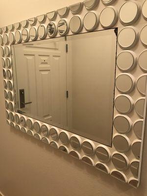 Sleek & Stylish Modern Wall Mirror for Sale in Las Vegas, NV