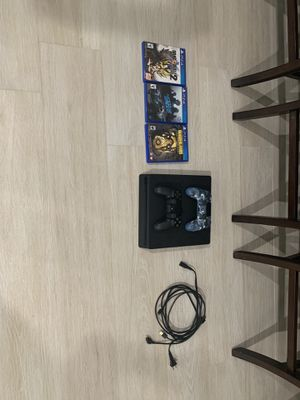 PlayStation 4 barely used for Sale in Miami, FL