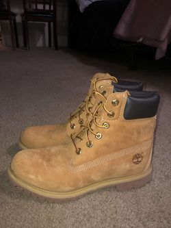 Woman's timberland boots size 9 for Sale in Oklahoma City,  OK