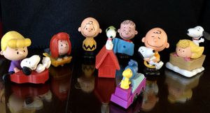 Charlie Brown McDonalds Happy Meal Toys 2015 & 2018 Peanuts Gang Lot Of 8 Figure for Sale in Las Vegas, NV