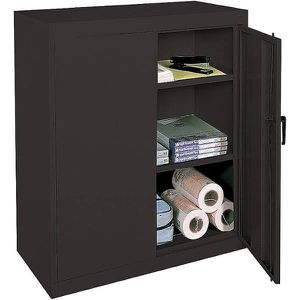 3 shelves Metal storage cabinet for Sale in Irving, TX