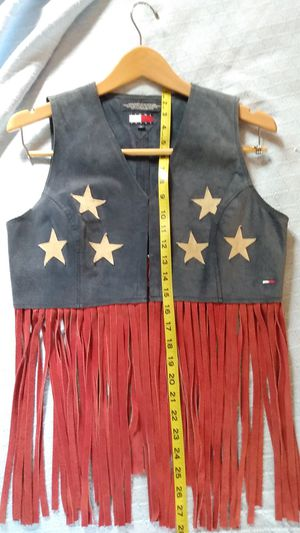 Juniors Lg Tommy Hilfiger Split Suede Vest with Fringe for Sale in Ormond Beach, FL