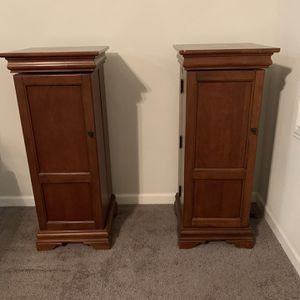 Movie Holder Stands 16 x 39 for Sale in Perris, CA