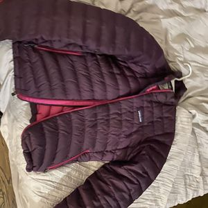 Patagonia SMALL for Sale in West Hartford, CT