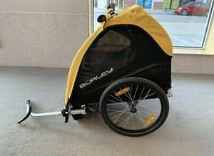 Burley bee bike trailer for Sale in Minneapolis, MN