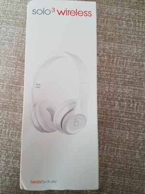 Beats Solo3 Wireless Headphones White for Sale in Atlanta, GA