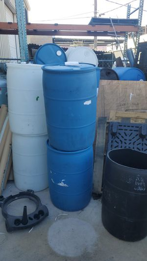 55 gallon drums , oaul, totes for Sale in Las Vegas, NV