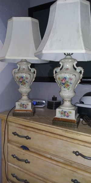 2 Beautiful Lamps for Sale in Seffner, FL