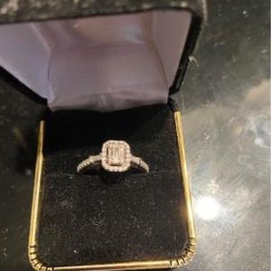 1ct (total) Diamond Ring for Sale in Buffalo, NY