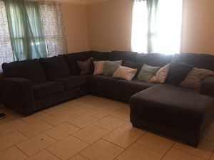 Dark gray couch for Sale in Lawrenceville, GA