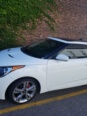 Hyundai veloster .2012 84 ml for Sale in Boston, MA
