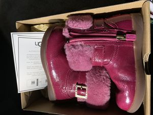 Little girl Ugg boots size 10 for Sale in Charlotte, NC