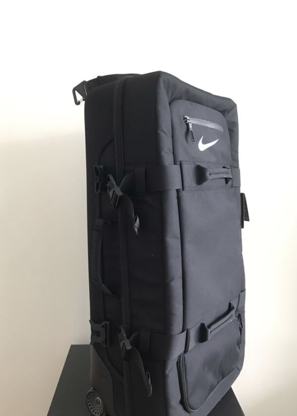 "Nike ""fiftyone49"" large roller suitcase for Sale in Long Beach c4a978a894fb0"