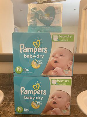 Newborn pampers diapers and wipes bundle for Sale in Riverside, CA