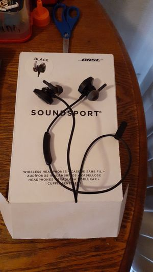 Bose bluetooth headphones for Sale in Keizer, OR