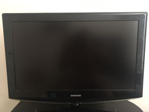 32 inch Samsung for Sale in Willow Street, PA