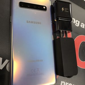 Samsung Galaxy s10 5g Unlocked for Sale in Somerville, MA