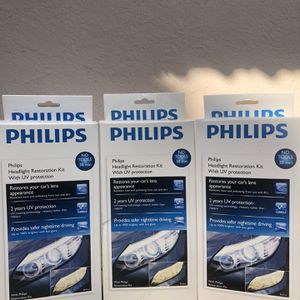 PHILIPS HEADLIGHT RESTORATION KIT for Sale in Hollywood, FL