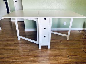 White foldable dining table / desk (se habla español) for Sale in Oakland, CA